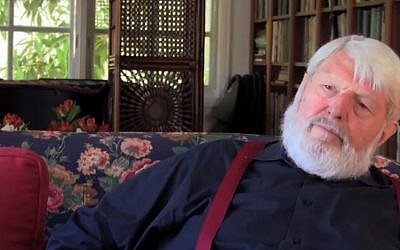 Theodore Bikel will give an hour-long concert of mostly Yiddish songs after being honored in Austria. (photo credit: YouTube screenshot)