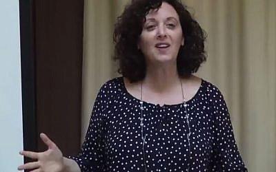 Dr. Tova Hartman giving a lecture on Hannah's Prayer. (YouTube screenshot)