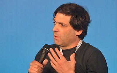 Professor Dan Ariely speaks at this year's Presidential Conference (Photo credit: Courtesy)