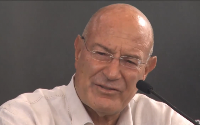 Hollywood producer Arnon Milchan (screen capture: YouTube/amitost)