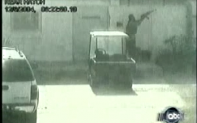 CCTV footage of the 2004 attack on the US consulate in  Jiddah. (screen capture: Youtube/keralaviews)