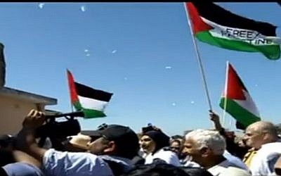 A campaign to free Palestinian prisoners is launched at Robben Island (Photo credit: YouTube screenshot)