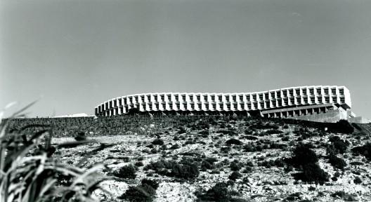Yakov Rechter's Zichon Yaakov serpentine Mivtachim Sanitarium (Courtesy Wiki Commons)