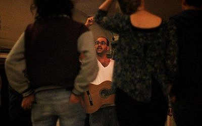 Ami Yares at a retreat with the Israeli-Arab social music project, Heartbeat (photo credit: Alon Gelnik/Courtesy)
