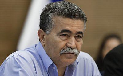 Environmental Protection Minister Amir Peretz (photo credit: Flash90)