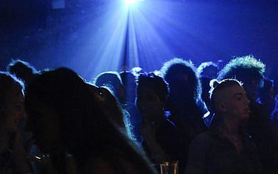 Illustrative photo of a nightclub scene (Zuzana Janku/Flash90)