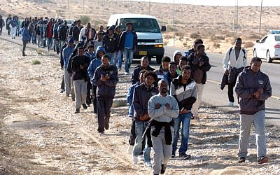 Illustrative photo of African asylum seekers, held in an open detention facility in the Negev. (Flash90)