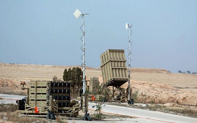 An Iron Dome missile defense battery near the southern Israeli town of Beersheba, Thursday, December 26, 2013 (photo credit: Flash90)