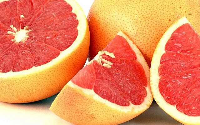 Red grapefruit for what ails you (Courtesy Wiki Commons)