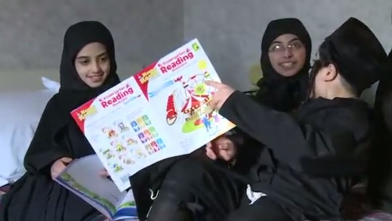 Lev Tahor children study in a hotel room in Ontario (screen capture: YouTube)