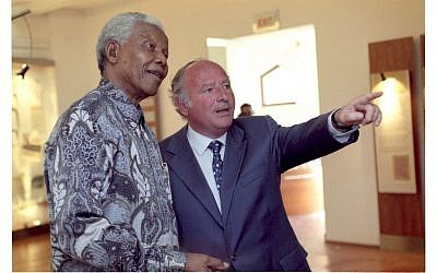 Late South African industrialist Mendel Kaplan with former president Nelson Mandela, who opened the South African Jewish Museum in 2000. (Photo credit: Shawn Benjamin/Ark)