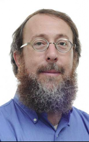 Rabbi Aaron Leibowitz said he can understand the pull of tech gadgets, even on Shabbat (Courtesy Aaron Leibowitz)