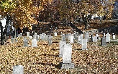 Illustrative photo of a Jewish burial ground in Massachusetts (photo credit: Matt Lebovic)
