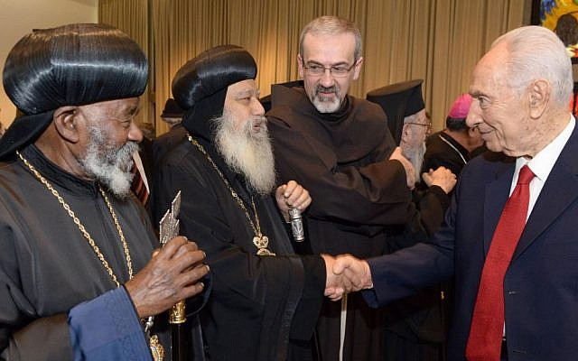 President Peres, right, with Christian leaders, December 30, 2013 (photo credit: Mark Neiman/GPO)