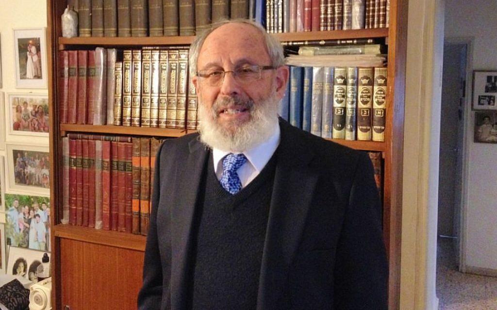 Rabbi Barry (Dov) Sidelsky in his Jerusalem home, December 10, 2013 (photo credit: Raphael Ahren/Times of Israel)