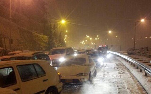 Cars stranded at the entrance to Jerusalem early Friday morning. (photo credit: Israel Hatzolah)