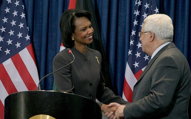 US secretary of state Condoleezza Rice talks with Palestinian Authority President Mahmoud Abbas in Ramallah, 7 November, 2008. Rice said the previous day that Israeli-Palestinian negotiations launched a year ago were vibrant, vital and would eventually lead to a Palestinian state. (Photo credit: Issam Rimawi / Flash 90)