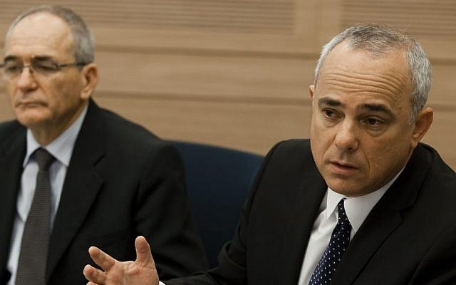 Intelligence Minister Yuval Steinitz (r) and Yossi Kuperwasser attend a session of the Security and Foreign Affairs Committee at the Knesset, October 16, 2013 (photo credit: Flash90)