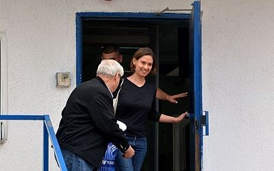 Anat Kamm is released from the Neve Tirtza prison on Sunday, January 26, 2014. (photo credit: Yossi Zeliger/Flash90)