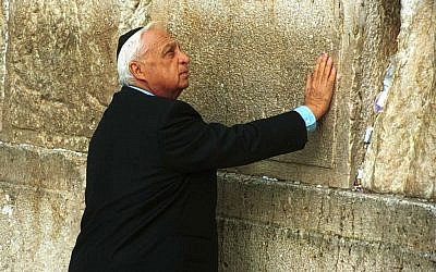Ariel Sharon visiting the Western Wall in 2001. (photo credit: Nati Shohat, Flash90)