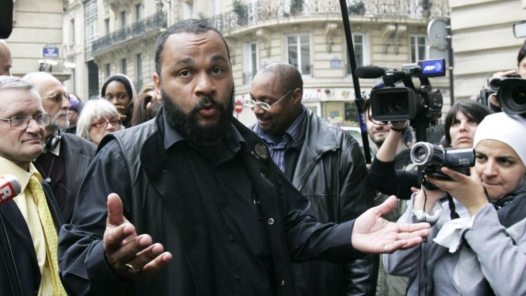 Anti-Semitic French comic Dieudonne M'Bala M'Bala, in 2009 (AP/Remy de la Mauviniere)