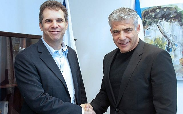 Google Israel chairman Meir Brand (L) with former Israeli Finance Minister Yair Lapid (Photo credit: Courtesy)