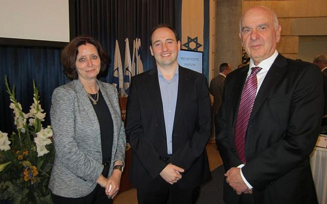 Cyberark's Andrei Dolkin (C) with Israel's ambassador to Japan, Dorit Kahanoff (L), and China, Matan Vilna'i (R), at the Heads of Mission conference (Photo credit: Courtesy)