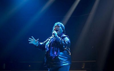 Rose Fostanes sings during a rehearsal of X-Factor Israel in Tel Aviv, Jan. 1, 2014 (photo credit: AP/Ariel Schalit)