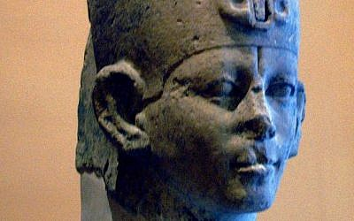 A royal bust of an Egyptian king believed to be Sobekhotep I, founder of the 13th Dynasty. (photo credit: CC BY-SA Juan R. Lázaro, Wikimedia Commons)