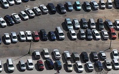 Bird's-eye view of a parking lot in Jerusalem. (photo credit: Nati Shohat/Flash90)