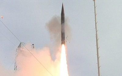 A successful flight of the Arrow 3 interceptor missile, January 3, 2014 (photo credit: Israel Ministry of Defense Media)