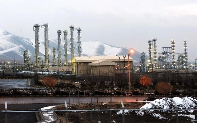 Iran's Arak heavy water reactor (photo credit: Hamid Foroutan/ISNA/AFP)
