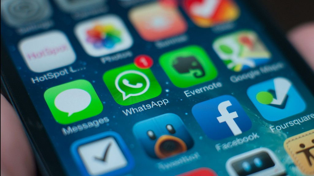 Iran courts urge ban on messaging applications | The Times