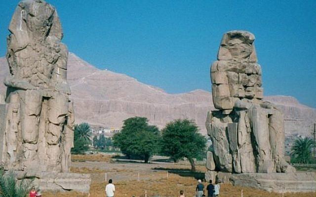 Colossi of Memnon, Theban Necropolis, Egypt (photo credit: Wikimedia Commons, Hajor, CC BY-SA 1.0)