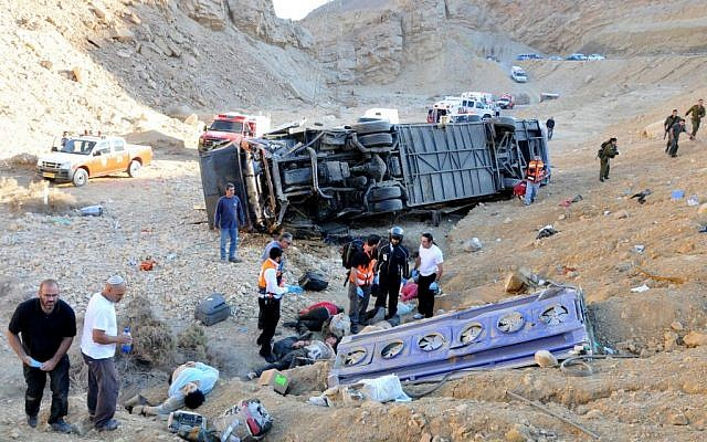 The aftermath of a fatal 2008 bus crash near Eilat, in which 24 were killed and dozens wounded. (photo credit: Flash 90)