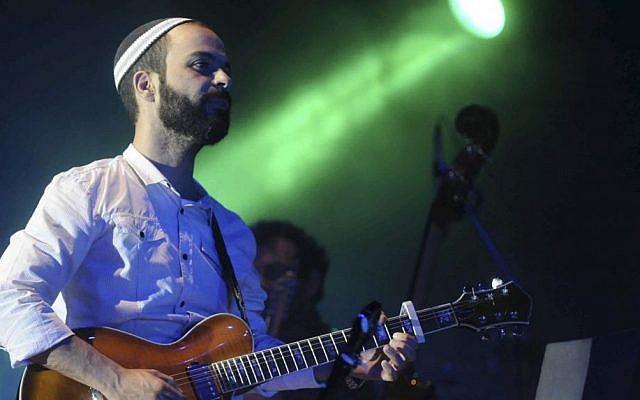Singer Amir Benayoun (photo credit: Yossi Zeliger/Flash90)