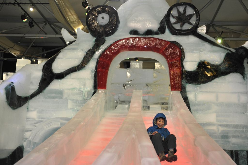 A replica of the monster slide at the annual Ice Festival (Courtesy Flash 90)