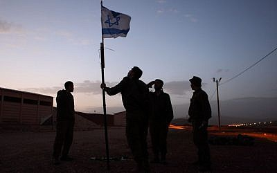 Israeli soldiers at their base in the Jordan Valley (Yaakov Naumi/Flash90)