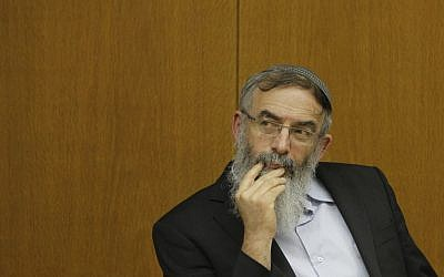 Rabbi David Stav attends a conference promoting youth and education in the Israeli parliament, January 6, 2014 (photo credit: Miriam Alster/Flash90)