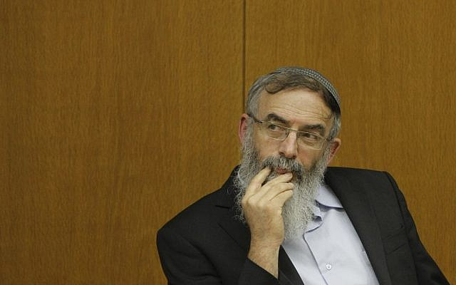 Rabbi David Stav attends a conference promoting youth and education in the Israeli parliament. January 06, 2014. (Miriam Alster/FLASH90)