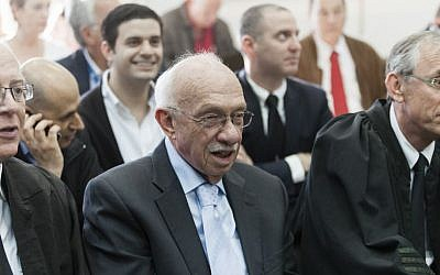 Hadassah Director-General Avigdor Kaplan at the District Court in Jerusalem Monday, February 10 (Photo credit: Flash90)