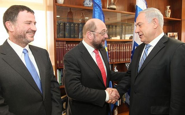 President of the European Parliament Martin Schulz (C) meets with Israeli Prime Minister, Benjamin Netanyahu (R) and Knesset Chairman, Yuli Edelstein (L), in Jerusalem on Wednesday, February 12, 2014. (photo credit: Isaac Harari/Flash90)