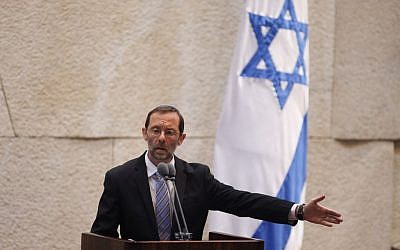 Likud MK Moshe Feiglin addresses the Knesset plenum during a debate of Israeli sovereignty on the Temple Mount, Tuesday, February 25, 2014 (photo credit: Flash90)