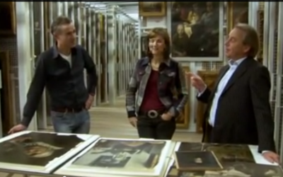 """Art experts in the BBC show, """"Fake or Fortune?"""" (photo credit: screen capture, YouTube)"""