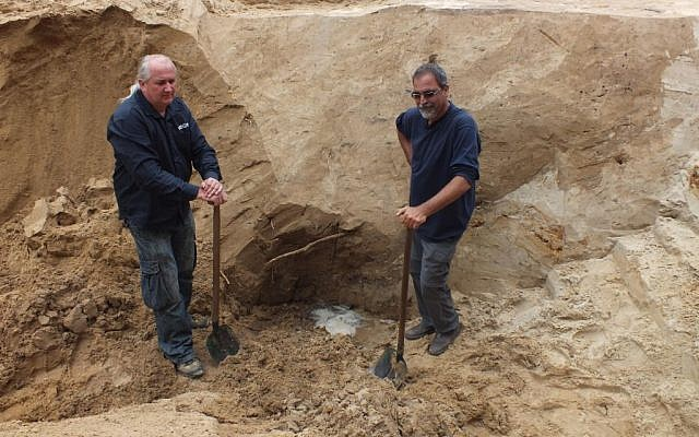 Archeologists Wojtek Mazurek (left) and Yoram Haimi, excavators of Sobibor since 2007 (photo courtesy: Wojtek Mazurek)