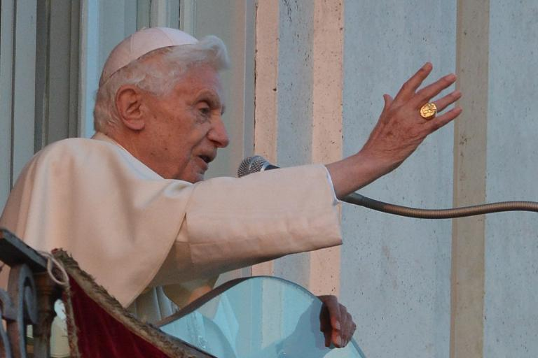Перстень папы римского фото