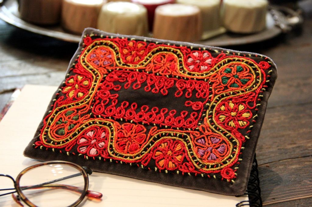 Byzantium Black Velvet Lipstick Red purse sold on CuratedIsrael (Courtesy Curated Israel)