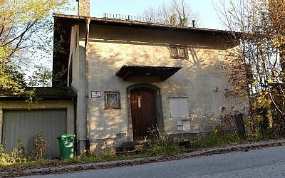The home of Cornelius Gurlitt in Salzburg, Austria, November 18, 2013 (photo credit: AFP Wildbild)