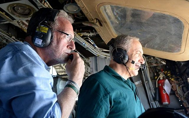 Prime Minister Benjamin Netanyahu and CBS producer Peter Greenberg embark on a televised whistle-stop 'Royal Tour' of Israel. (photo credit: Avi Ohayon/Government Press Office)