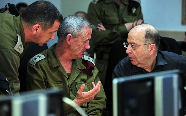 Head of IDF Military Intelligence Directorate Maj. Gen. Aviv Kochavi, left, with IDF Chief of the General Staff Lt. Gen. Benny Gantz, and Defense Minister Moshe Ya'alon during Operation Full Disclosure (photo credit: Ariel Hermoni/ Ministry of Defense)